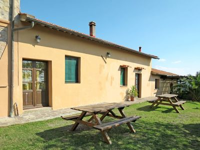 Photo for Lovely apartment for 3 people with WIFI, pool, TV, balcony, pets allowed and parking