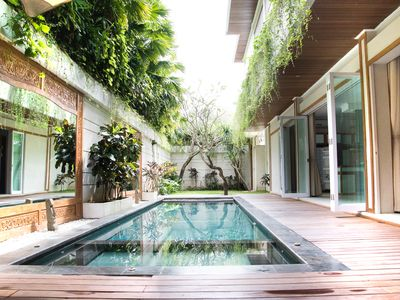 Photo for Grand Villa 3 Bedroom Center Seminyak
