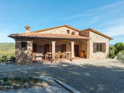 Photo for Detached villa with swimming pool and pizza oven.