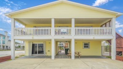 Photo for Vacation Paradise on the Beach with Direct Access and Private Pool!
