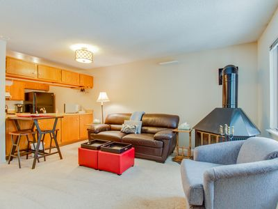 Photo for Ski-in/ski-out from this cozy, family-friendly mountain condo - walk to town!