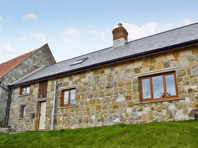 Photo for 3 bedroom accommodation in Shorwell