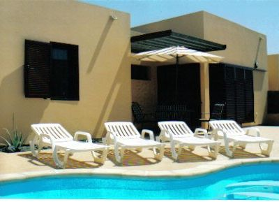 Photo for Beautiful villa with heated pool, large patio area and barbecue