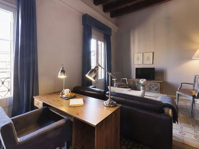 Photo for Miro 43 apartment in Eixample Dreta with WiFi, air conditioning, balcony & lift.