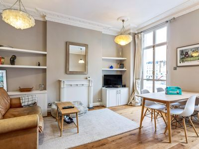 Photo for Bright&Modern 2bed in Victoria 5 mins to tube
