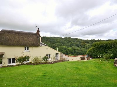 Photo for 2 bedroom Cottage in Chulmleigh - 46198