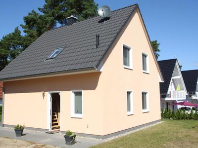 Photo for 4BR Apartment Vacation Rental in Röbel