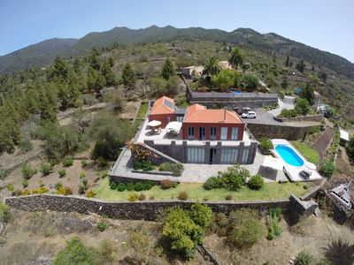 Photo for Holiday villa, private setting, tranquility, recreation, sea view, countryside, heated pool,