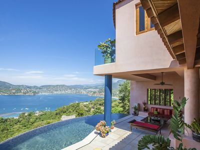 Stunning Views, Sunsets, Beach and The Town of Zihuatanejo-Relax-Enjoy-Live Free