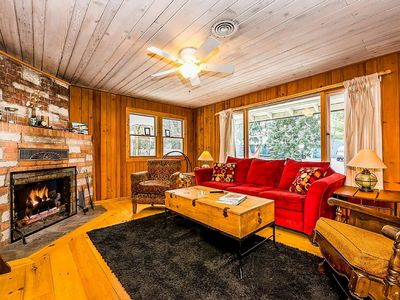 Photo for Awesome Harbor Country Cottage - Close To Everything!