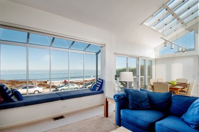 Living Room - Beach House Tides In, Del Monte Beach