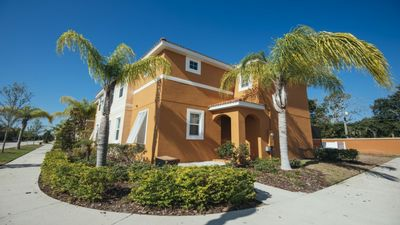 Photo for Budget Getaway - Bella Vida Resort - Welcome To Contemporary 4 Beds 3 Baths Townhome - 7 Miles To Disney