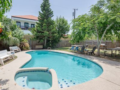 Photo for Amazing expansive duplex with private pool, perfect for retreats & large groups