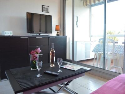 Photo for 1BR Apartment Vacation Rental in Saint-Raphaël (Var)