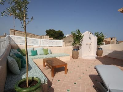 Photo for Luxury, roof terrace with plunge pool, riad-style orienteering