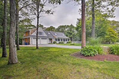 East Falmouth Home On 1 Acre Near Waquoit Bay