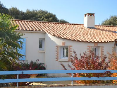Photo for Holiday home with indoor and outdoor pool, playground, 500m from the sea, Vendée