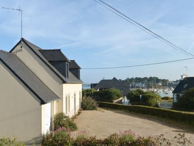 Photo for Pleasant house facing the port of Ploumanac'h Pink granite coast