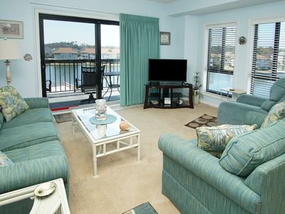 Photo for Deluxe North Myrtle Beach condo resort with a 90' outdoor pool and a Jacuzzi hot tub