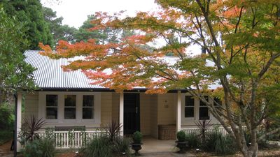 Photo for LEURA COUNTRY COTTAGE - Blue Mountains