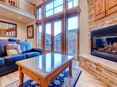 Photo for 3BR Townhome 2 Miles from Keystone Resort with gas fireplace and  hot tub.