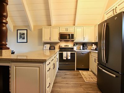 Photo for Remodeled Mammoth Villa #24 Retreat-Walk To The Village In Minutes! Sleeps 8!