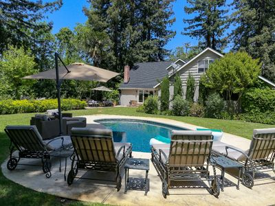 Photo for Pinot Noir House - Sonoma Wine County w/Pool - Free Wine Tasting!