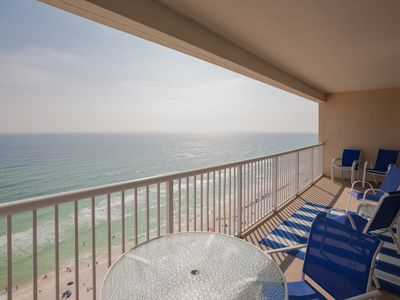 Photo for Majestic 4 bedroom! Great beach feel inside and out. Amenities galore!!