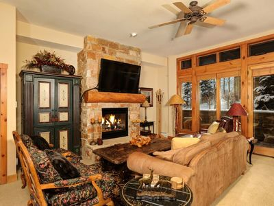 Photo for Stunning 3 Bedroom Mountain Condo with GREAT Amenities!