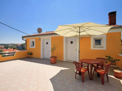 Photo for One bedroom apartment with air-conditioning Sali, Dugi otok (A-8110-b)