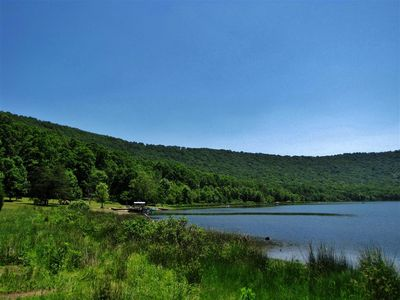 The Cabin includes access to Lake Ferndale, a private community 50-acre lake.