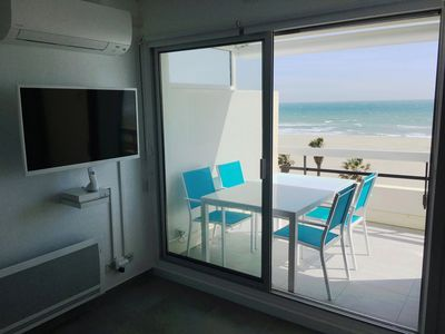 Photo for CANET SUD, T1 bis LUXURY AIR CONDITIONED, SEA VIEW - DIRECT BEACH, Wifi, closed garage