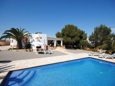 Photo for Sant Agusti des Vedra: Beautiful house with garden and pool. Ideal for families.