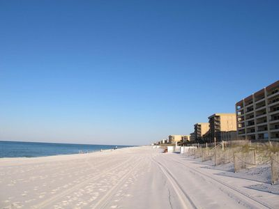 Photo for Direct Gulf Front - 30Ft Balcony - 6th Floor Views - Great For Dolphin Watching