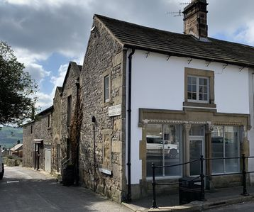 Photo for Beautiful Converted Old Sweet Shop set in lovely Peak district village.