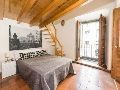 Photo for Spacious and beautiful next to the Royal Palace of Madrid
