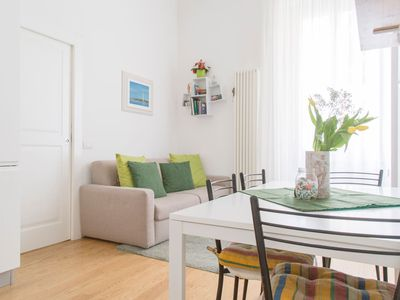 Photo for Modern and central apt in Porta Romana