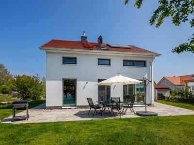 Photo for Holiday home Rügen-Relax with high-quality modern equipment in Bodden vicinity