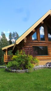 Photo for Charming Log Chalet in Fernie, B.C.