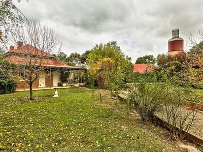 Photo for 3BR House Vacation Rental in Rutherglen, VIC