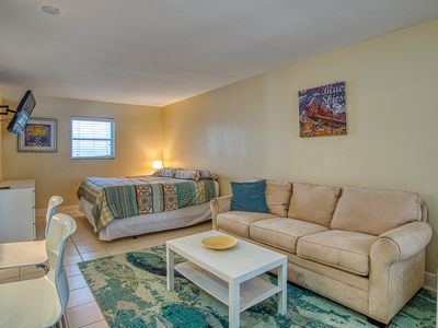 Photo for Poolside condo close to Pompano Beach w/A/C and free WiFi