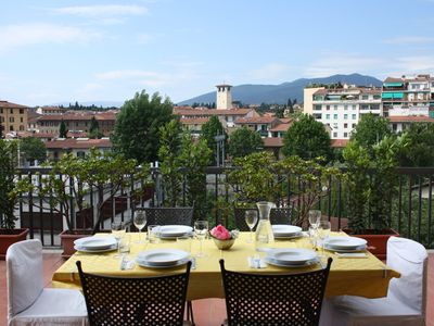 Photo for Apartment with beautiful terrace in Florence