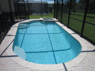 Large Private Swimming Pool with Whirlpool/Spa for Fun and Relaxation!