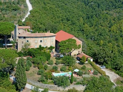 Photo for Paradise in the Tuscan countryside, holiday villa for family reunion or private events