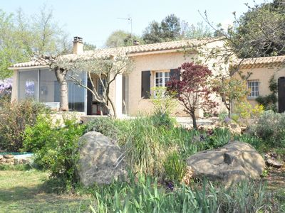 Photo for Quiet villa with swimming pool in the area around Uzès.