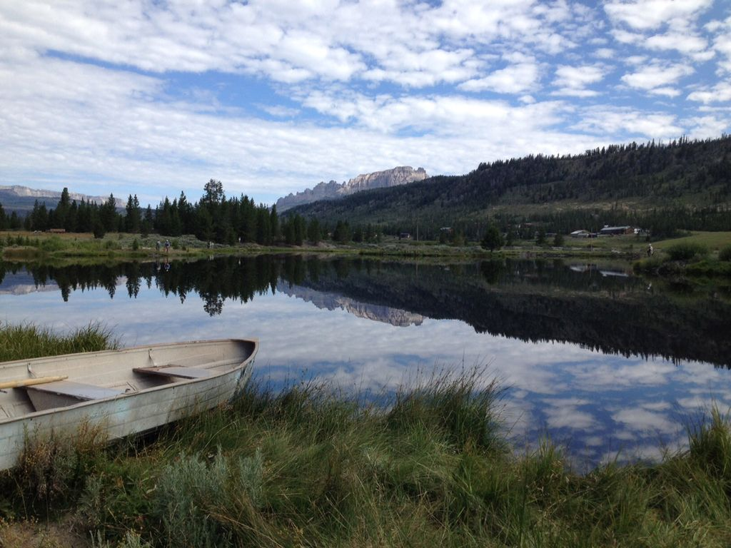 Best private fishing near yellowstone exclusive lake and for Private fishing lakes