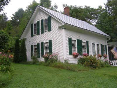 1827 Country Cottage
