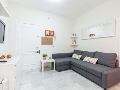 Photo for Segura apartment in El Arenal with WiFi, air conditioning & lift.