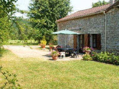 Photo for Gite Soturac, 2 bedrooms, 4 persons