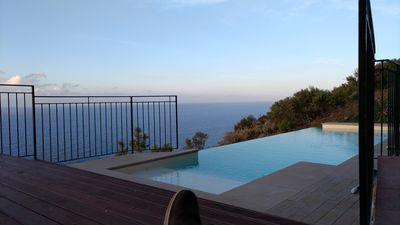 Photo for INFINITY POOL IN EXCLUSIVE ONLY FOR TWO LOVERS ........